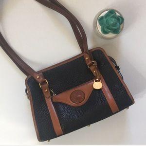 Dooney and Bourke | Vintage leather shoulder bag